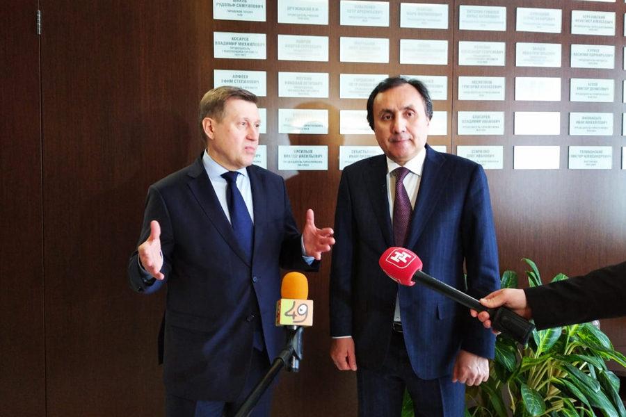 Таджикистан продвигает своих трудовых мигрантов в Новосибирске
