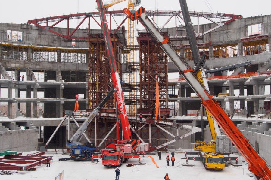 Травников попросил увеличить федеральное финансирование на ледовую арену