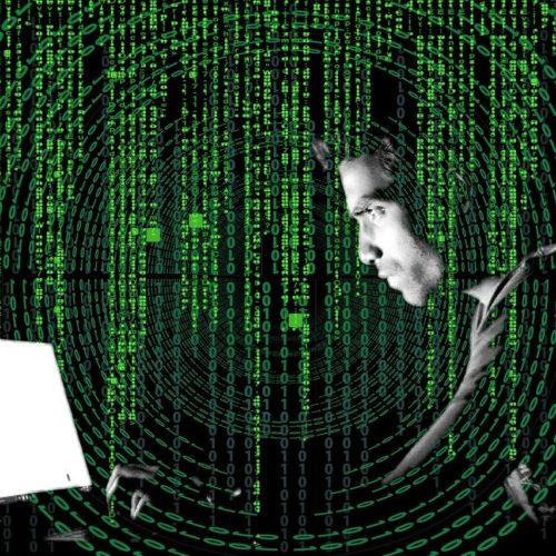 Жертвами IT-преступников за 2020 год стали около 12 тысяч новосибирцев